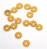 Gold Filled Daisy 7mm 10 pack-findings-Beadthemup