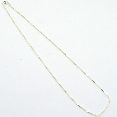 Sterling Silver 1.5mm Box Chain 46cm 1 pack